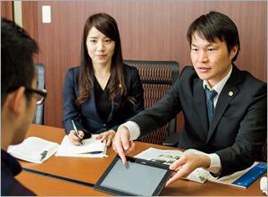 弁護士向井・澤戸