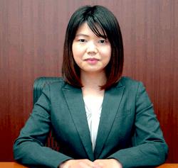 弁護士:浅野実夏子